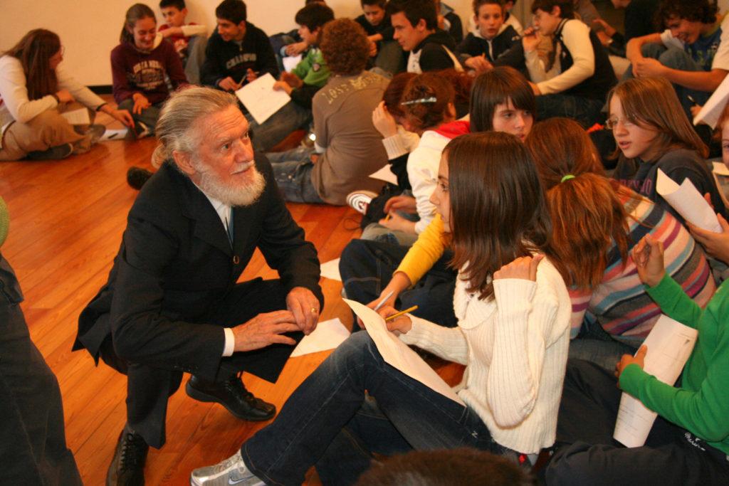 Lezioni di astrattismo a scuola nel 2006